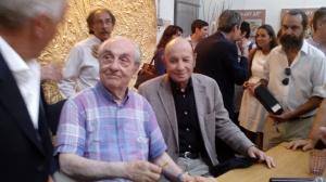 Gualtiero Marchesi firma autografi, alla sua dx Francesco Alberoni