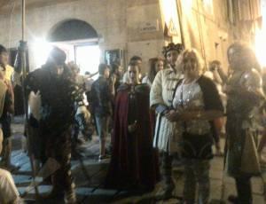 Sagra. Personaggi venuti dal Portogallo e Spagna indossano costumi medioevali