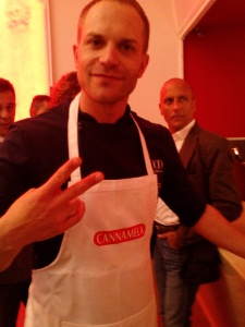 Simone Rugiadi chef-showman
