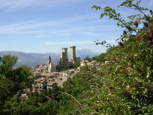 Tre Torri quadrate Castello Cantelmo sec. XI-XIII