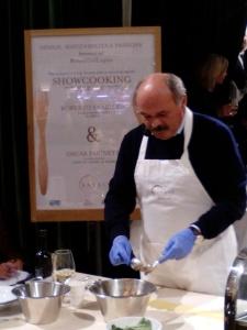 Oscar Farinetti al lavoro