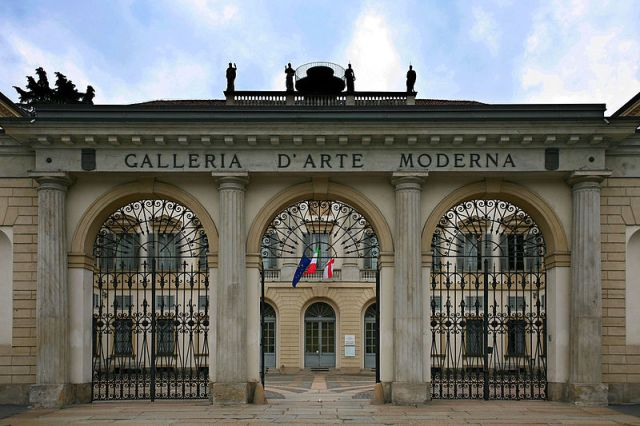 Facciata_del_GAM_Galleria_d'Arte_Moderna_di_Milano
